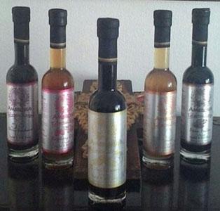 Balsamic Vinegar - Cherry Bordeaux - Raspberry Ginger - Balsamic 25 Star Plain - Apricot - Pecan Praline - 200ml, 6.76 fl oz